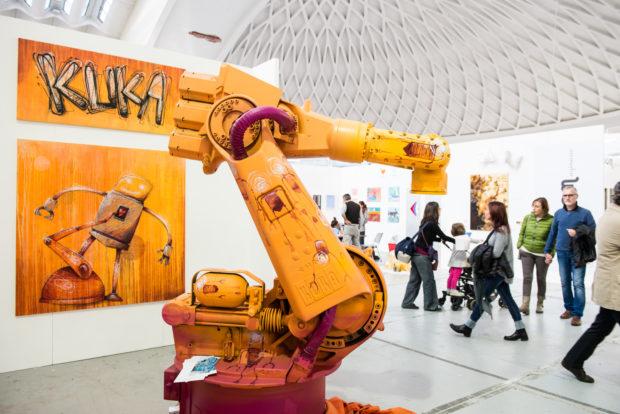 Robot KUKA ako umelecký projekt na veľtrhu umenia Paradissimo