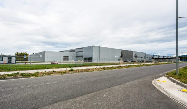 IDEAL Automotive spustil výrobu v Malackách