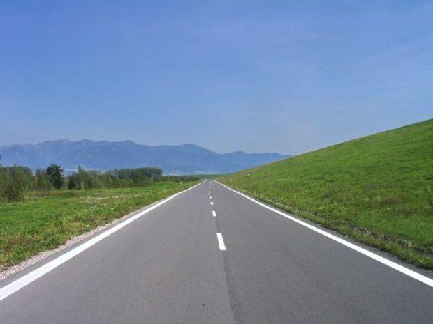 Za štyri roky opravíme stovky kilometrov ciest prvej triedy