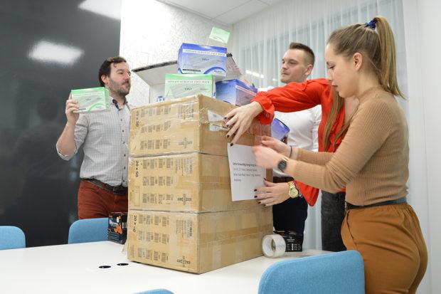 GEFCO Slovakia prepravila do Číny zásielku tvárových ochranných rúšok