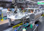 Kvôli šíreniu koronavírusu prerušili výrobu viaceré automobilky na Slovensku