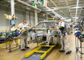 Náklady na komponenty pre výrobu áut vzrástli