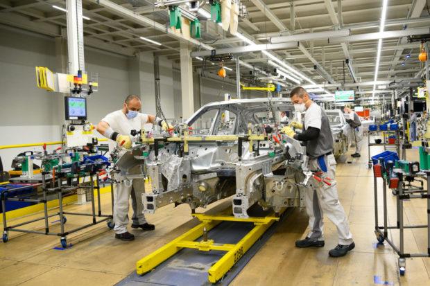 Volkswagen rozšíri kapacitu závodu v Bratislave za približne miliardu eur