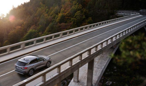 Dostavba úseku diaľnice D1 Ivachnová – Hubová sa oneskorí