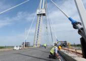 Otvorili nový most v Komárne