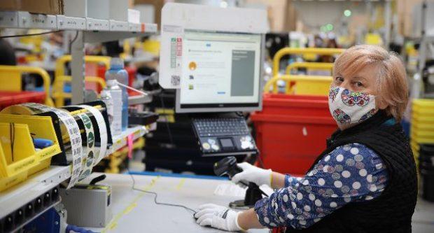 Amazon na Slovensku zvyšuje pracovnú silu na 3000 stálych pracovných miest