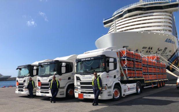 Nákladné vozidlá bezpečne prepravujú plyn na španielskych ostrovoch