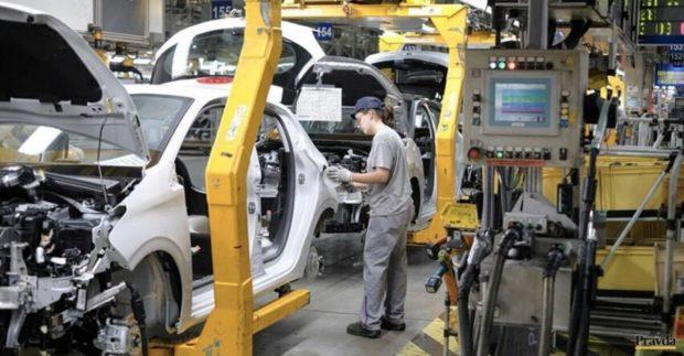 Plánovanú investíciu trnavskej automobilky Stellantis zrejme podporí aj štát